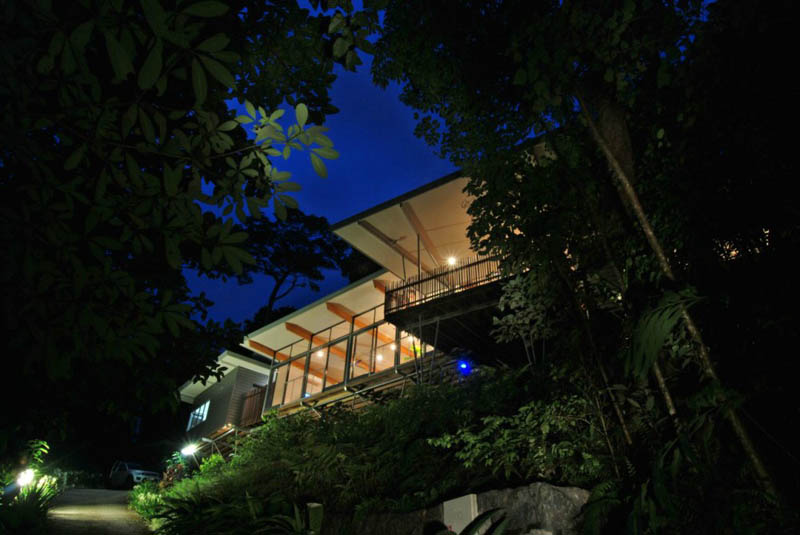 rainforest tree house mmp architects cairns australia 10 The Rainforest Tree House in Cairns, Australia