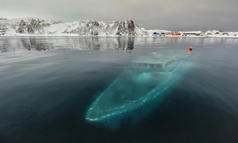 sunken submerged ship in the antarctic Picture of the Day: A Sunken Boat in the Antarctic