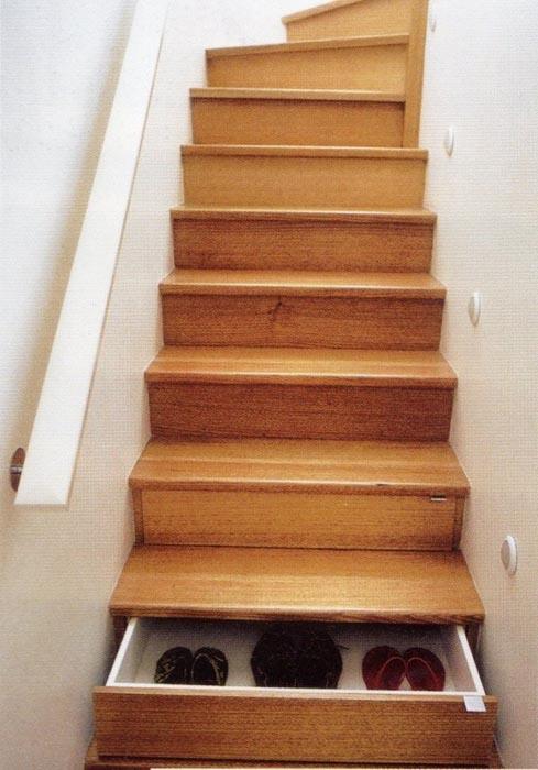 unique creative staircase design 2 A Giant Gallery of Unique Staircase Designs