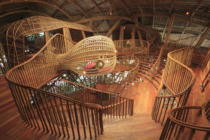 unique creative staircase design 8 A Giant Gallery of Unique Staircase Designs