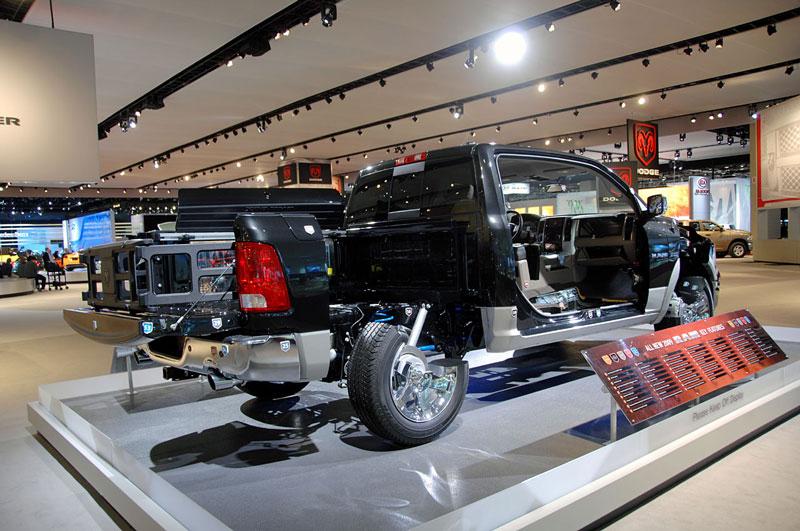 2009 dodge ram cutaway truck 15 Amazing Car Cutaways