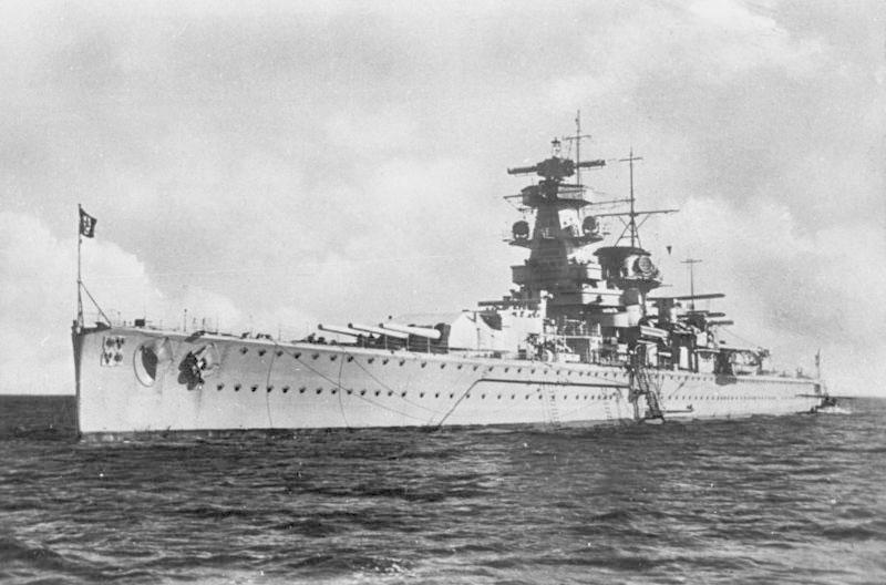 admiral graf spee german battleship world war 2 Man Builds 30 ft Model Replica of a Battleship