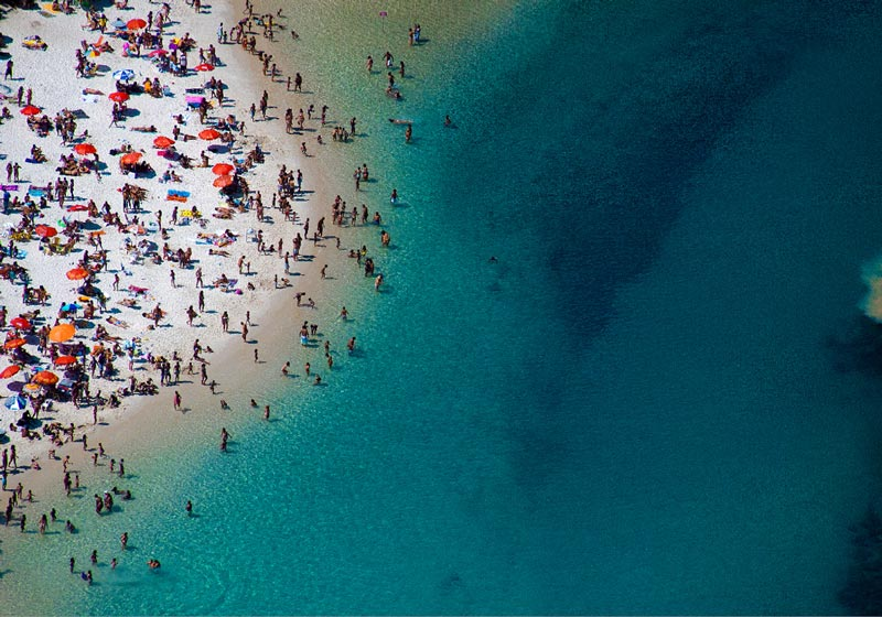 brazil blue water beach aerial maison gray Beaches Around the World Seen from Above