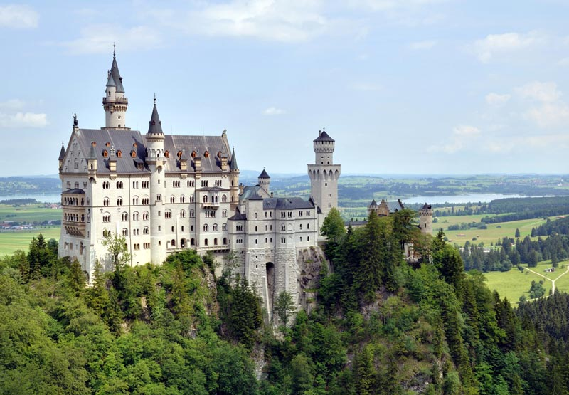 castle neuschwanstein bavaria germany The 2011 Wikimedia Commons Pictures of the Year
