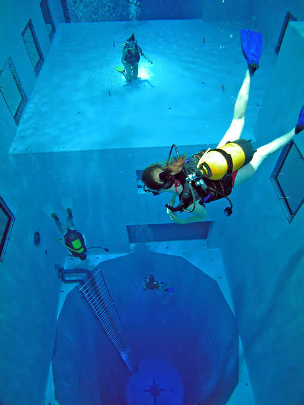 deepest indoor swimming pool in the world 5 The Deepest Indoor Swimming Pool in the World