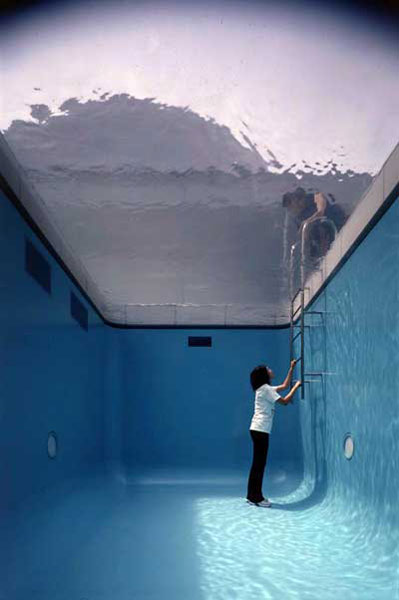 fake swimming pool illusion leandro erlich 2 How To Climb a 3 Story House Without Leaving the Ground