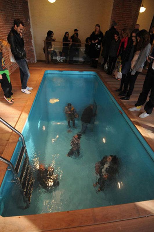 fake swimming pool illusion leandro erlich 5 The Swimming Pool Illusion by Leandro Erlich