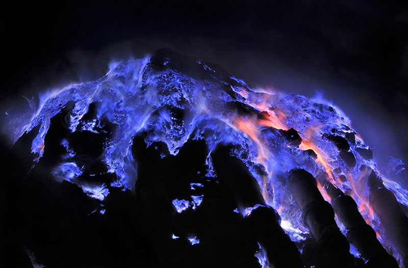 flaming molten sulfur Picture of the Day: Close up of Flaming Molten Sulfur