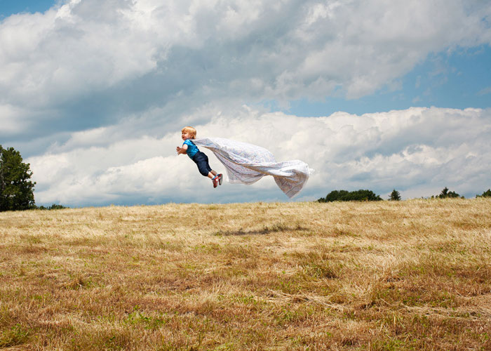flying baby henry by rachel hulin 7 Funny Portraits of Henry the Flying Baby