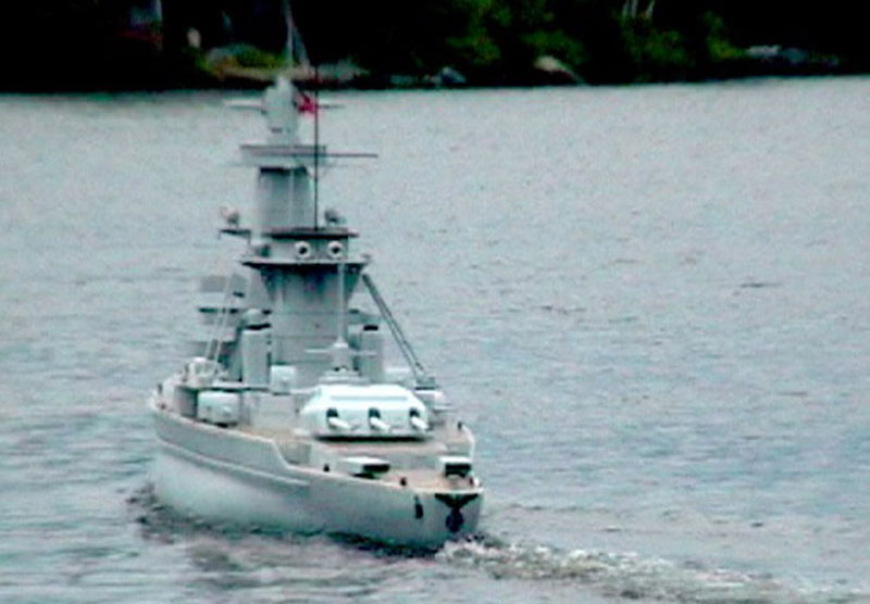 giant model warship replica admiral graf spee by william terra 6 Man Builds 30 ft Model Replica of a Battleship
