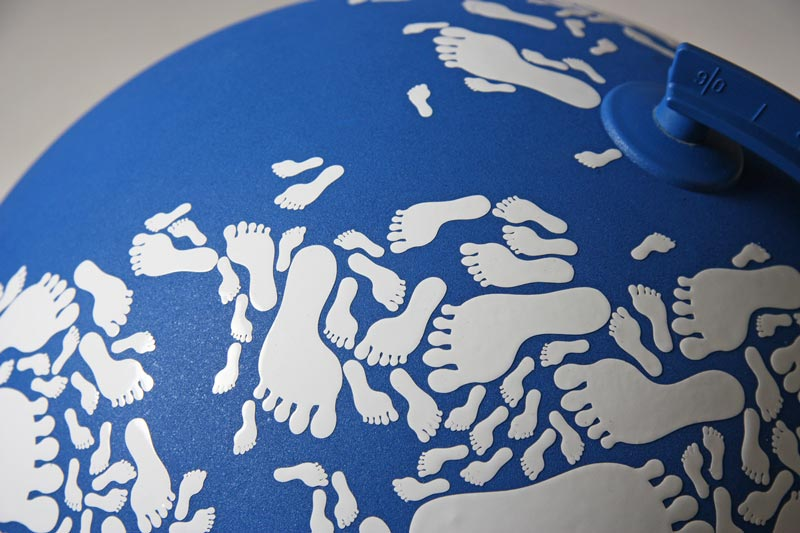 globe made with footprints kyle bean 2 Inventive Hand Crafted Art by Kyle Bean