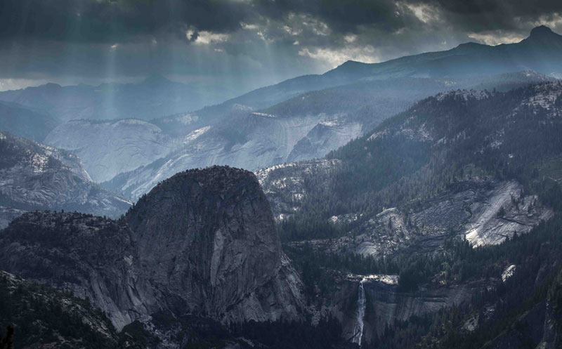 morning view from washburn point yosemite national park california 1 Picture of the Day: Morning View from Washburn Point, Yosemite