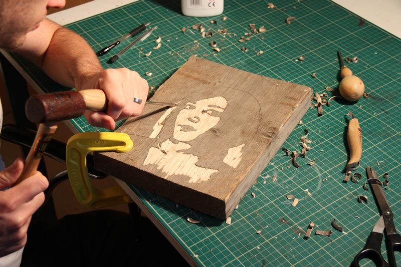 portraits carved from wood kyle bean3 Inventive Hand Crafted Art by Kyle Bean