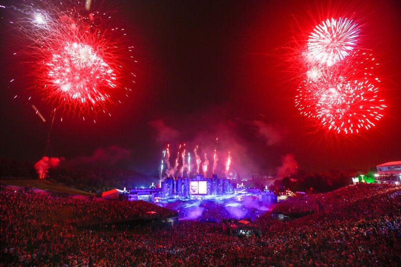 tomorrowland music festival stage belgium 7 The Amazing Stage Designs of the Tomorrowland Music Festival