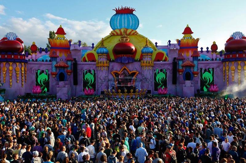 tomorrowland music festival stage belgium 8 The Amazing Stage Designs of the Tomorrowland Music Festival