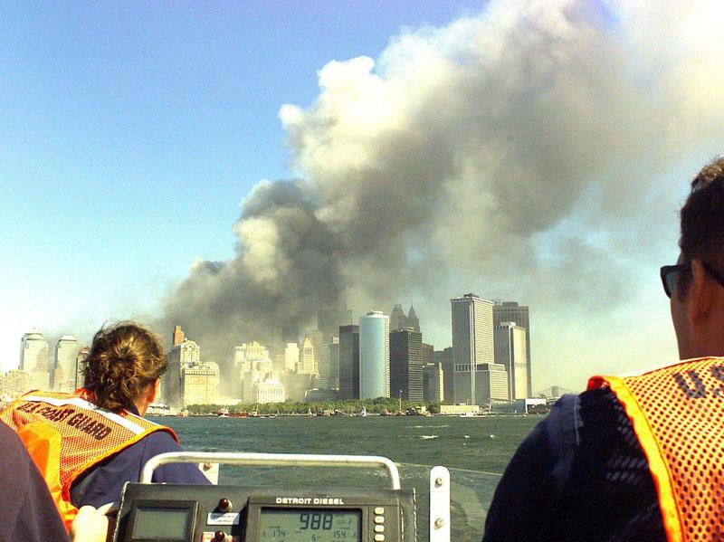 9 11 coast guard boatlift evacaution of manhattan new york city 2 The Largest Sea Evacuation in History