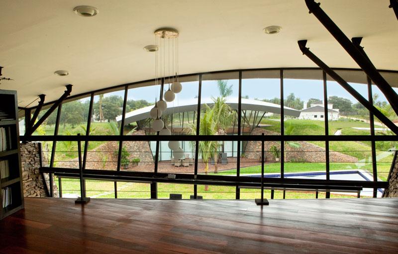 bauen architects hillside home built into landscape paraguay 10 A Unique Hillside Home Built Into the Landscape