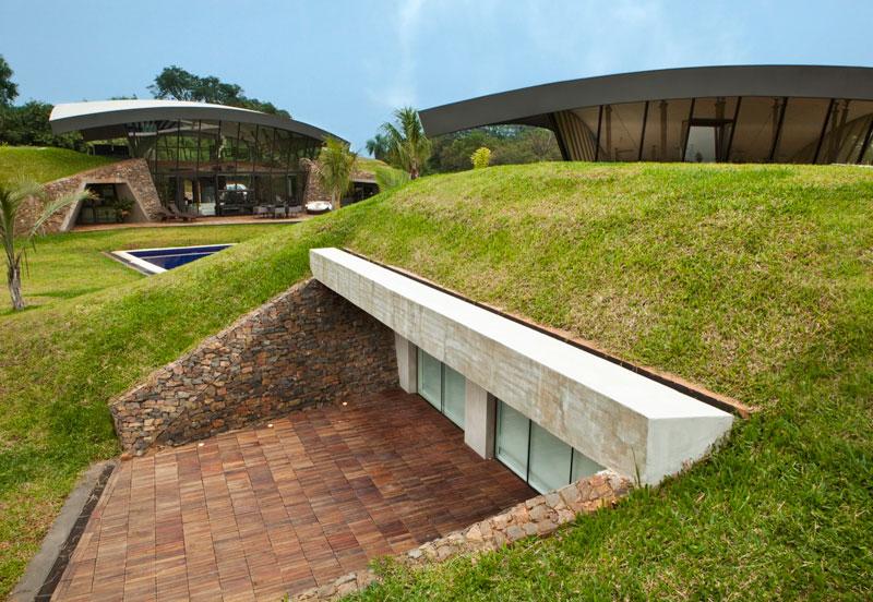 bauen architects hillside home built into landscape paraguay 12 A Unique Hillside Home Built Into the Landscape