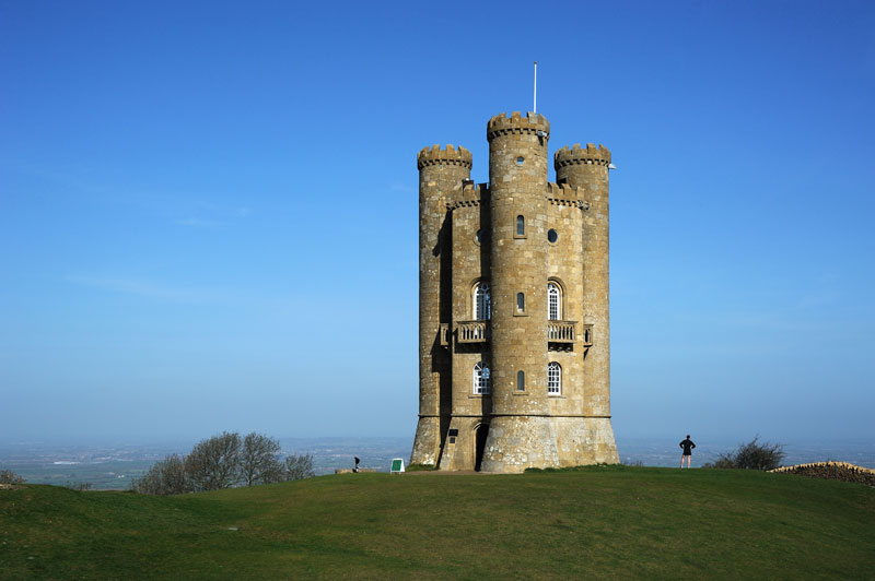 broadway tower worcestershire england folly 10 Extravagant Buildings That Serve No Purpose