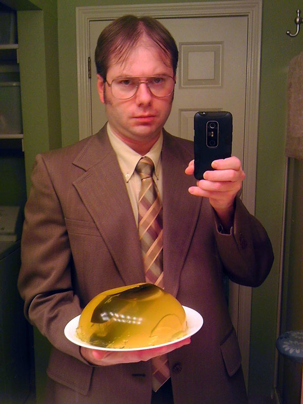 dwight schrute the office halloween costume 23 Funny and Creative Halloween Costumes