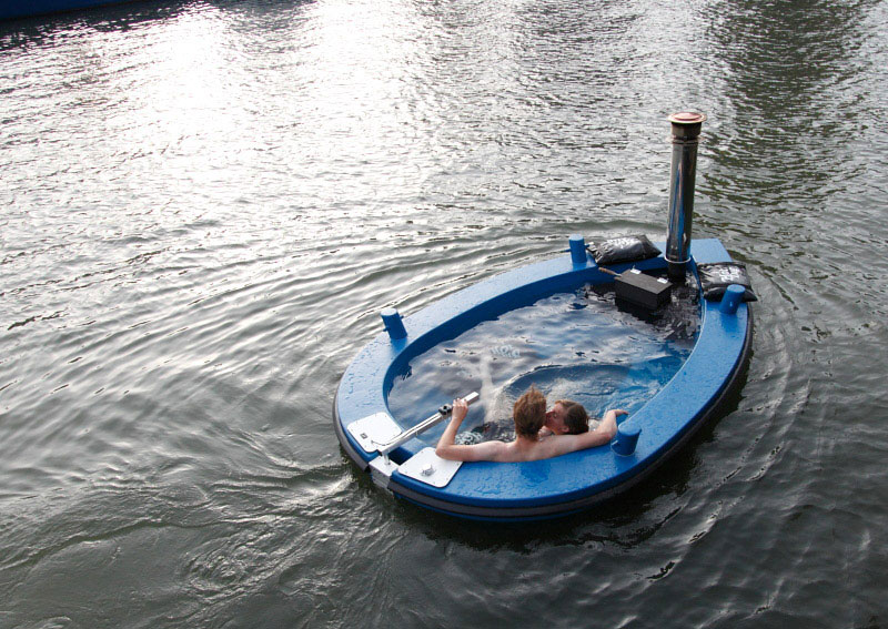 hot tub tug boat 6 This DIY Sauna Raft is All Kinds of Awesome