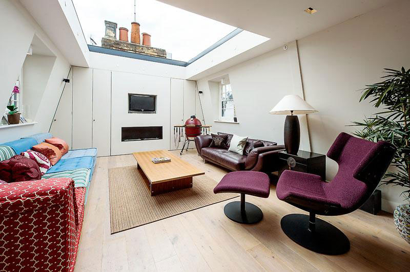 house with window for roof retractable ceiling chelsea london 5 House in London With a Retractable Glass Roof