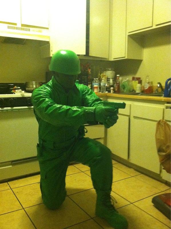 plast green army man halloween costume 23 Funny and Creative Halloween Costumes