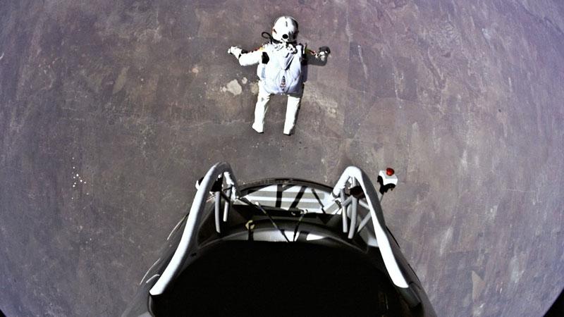 red bull stratos felix baumgartner space jump 11 21 Incredible Photos from Red Bulls Art of Flight