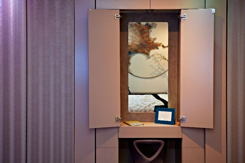 yo home simon woodroffe 6 Elevator Bed Rises to Reveal Sunken Living Room