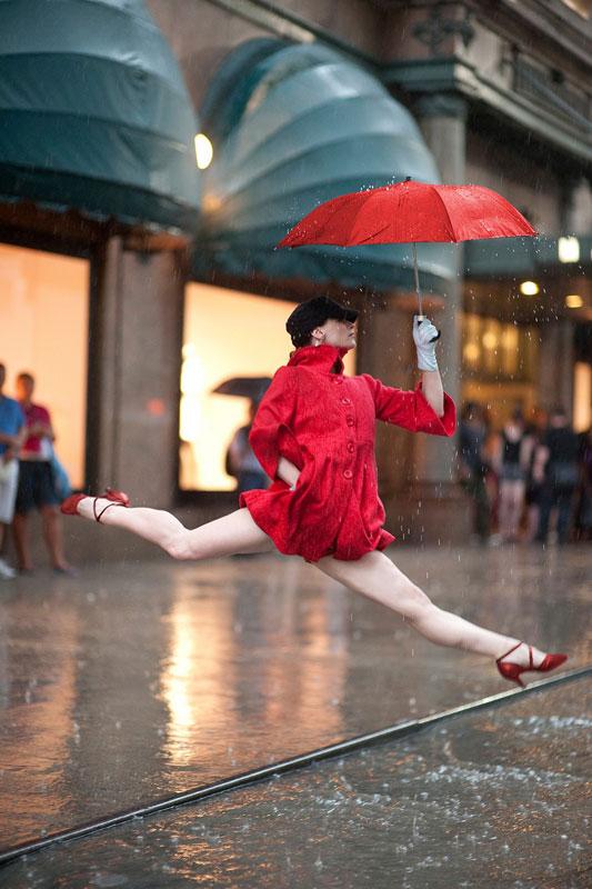 dancers among us at macys annmaria mazzini The Dancers Among Us [21 Pics]