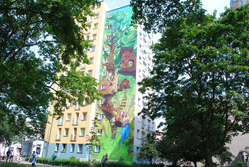etam cru 10 storey street art mural poland 2009 1 Colossal Street Art by Sainer and Bezt