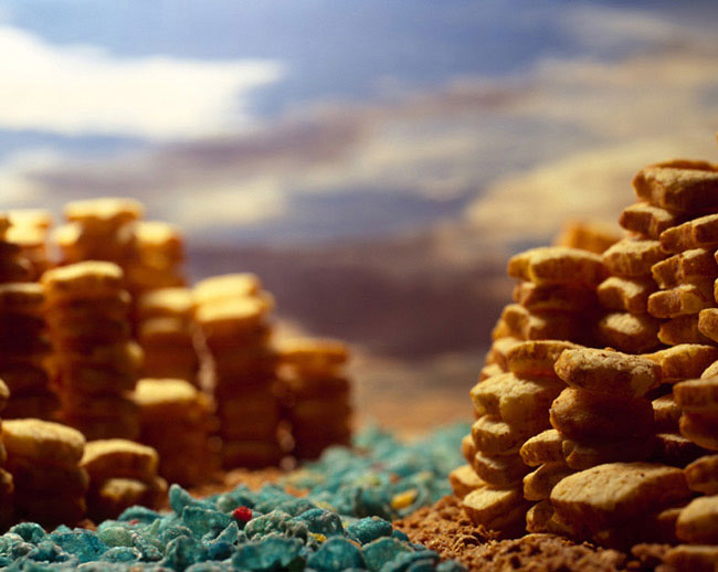 french toast crunch canyon ernie button1 The Secret World of Cereal Landscapes