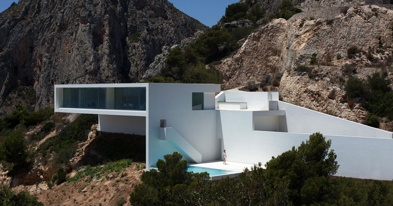 minimalist house on cliff fran silvestre arquitectos 13 A Cliffside Home Overlooking the Mediterranean