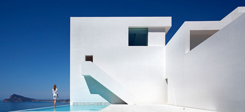 minimalist house on cliff fran silvestre arquitectos 3 A Cliffside Home Overlooking the Mediterranean
