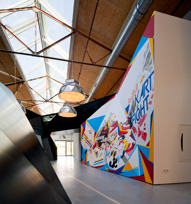 red bull office amsterdam netherlands sid lee architecture 20 Red Bull Amsterdams Shipping Yard Office [25 pics]