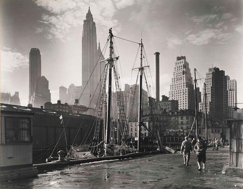 vintage new york city 1935 manhattan skyline fulton street dock pier 17 Picture of the Day: Vintage New York, 1935