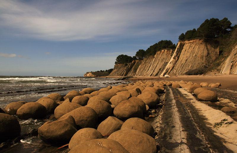 Bowling_Ball_Beach_mendocino-california-usa-schooner-gulch