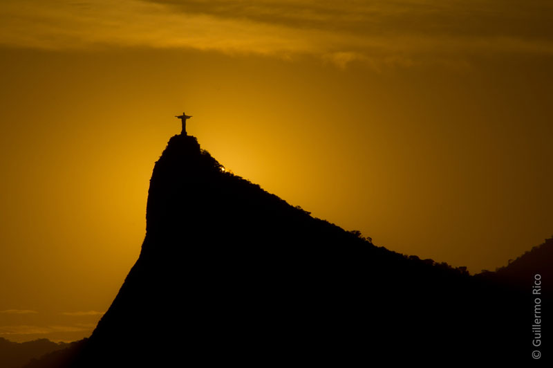 christ the redeemer from afar sunset icarai beach rio de janeiro brazil Picture of the Day: The Redeemer at Sunset