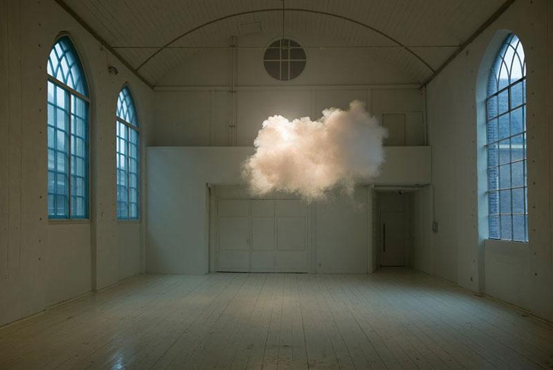 indoor nimbus cloud art installation by berndnaut smilde (4)
