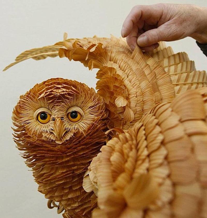 wood-chip animal sculptures by sergei bobkov (2)