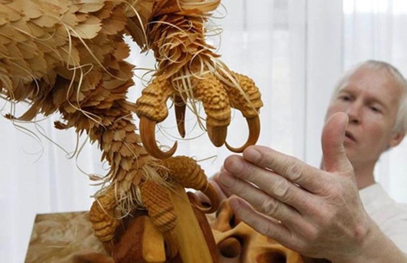 wood-chip animal sculptures by sergei bobkov (4)