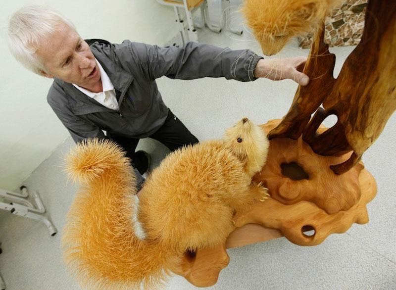 wood-chip animal sculptures by sergei bobkov (5)