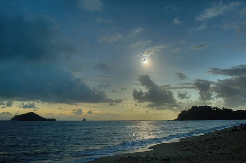 dark sun over queenland before eclipse november 2012