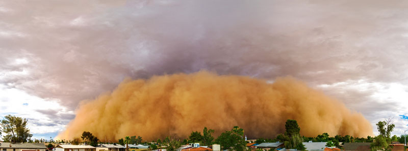 haboob dust storm head on panoramic view 15 Ominous Photos of Dust Storms
