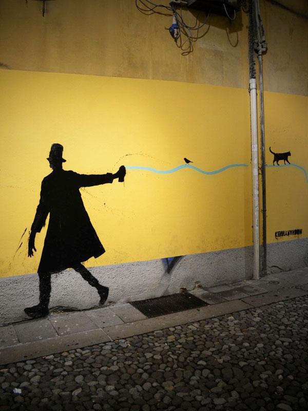 kenny random street art silhouette man (1)