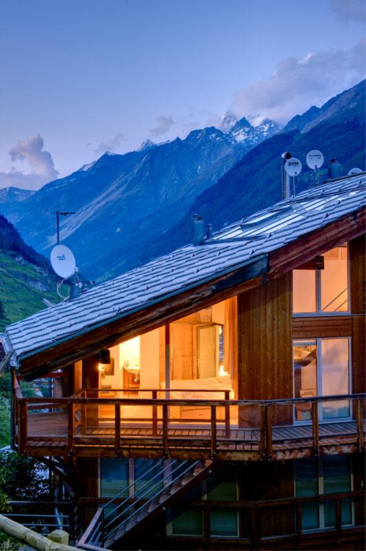 penthouse chalet in zermatt switzerland by heinz julen (8)