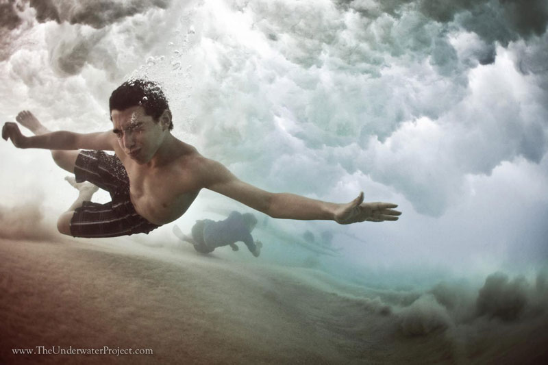 swimmers underwater by mark tipple underwater project (10)