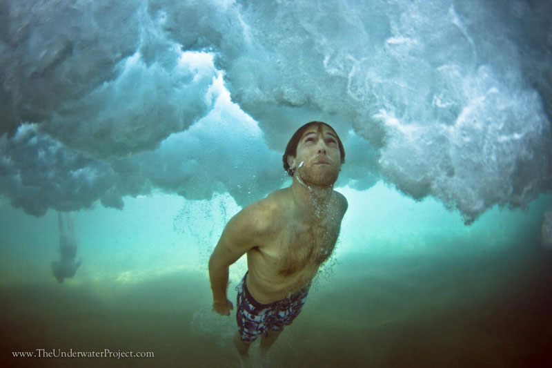 swimmers underwater by mark tipple underwater project (2)