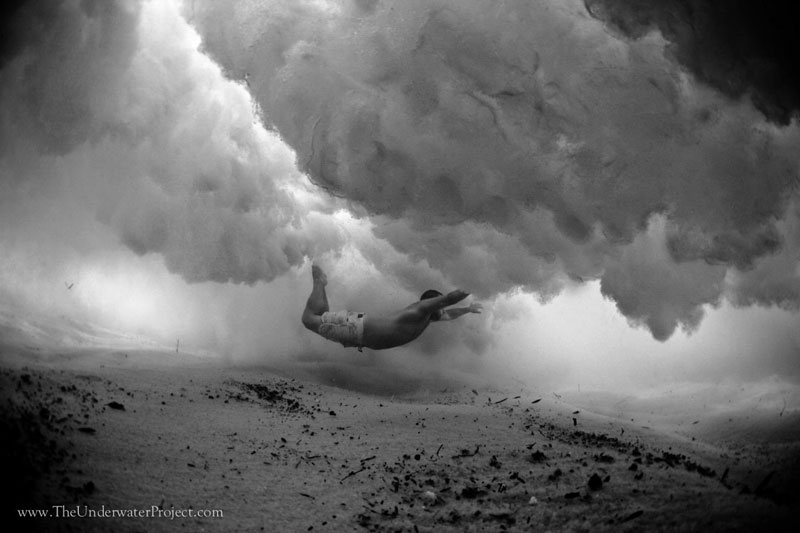 swimmers underwater by mark tipple underwater project (7)