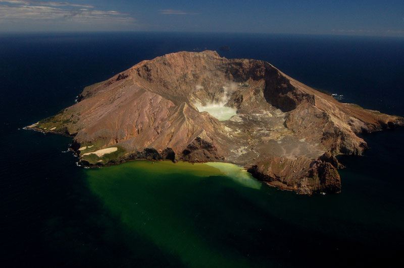 white island volcano new zealand Picture of the Day: New Zealands Most Active Volcano